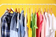 Top 10 trang phục bạn nên sở hữu cho mùa hè năng động